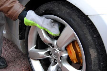 Comment bien nettoyer les jantes de sa voiture