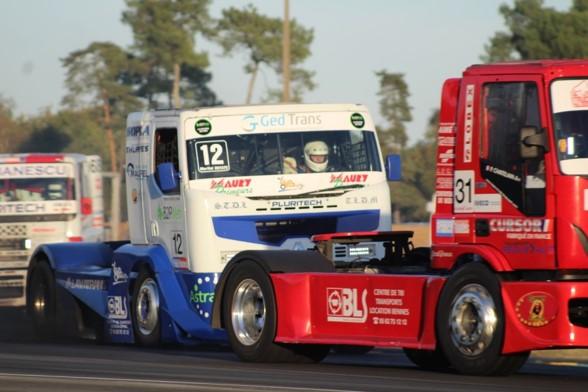Martial camion